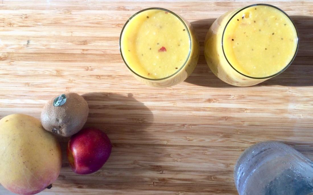 The Mat Movement luxury yoga retreats; mongo, kiwi, nectarine smoothie.