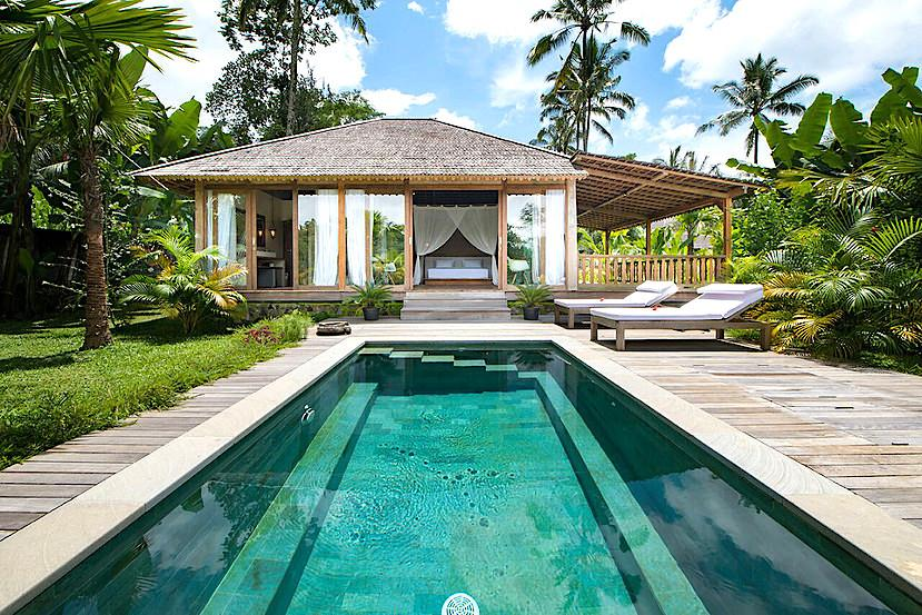 The Mat Movement Bali yoga retreat May 2018; luxury accommodation pool villa